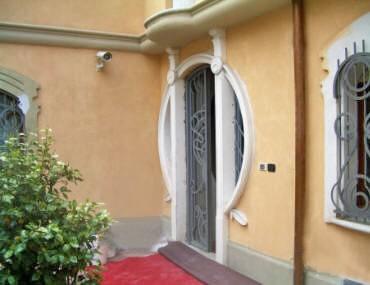 Contorni finestre in cemento - Cornici finestre in polistirolo ...