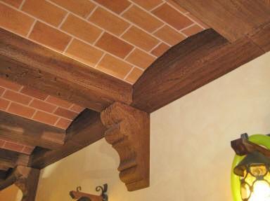 Soffitto In Legno Finto : Travi in legno per soffitto finto legno scelta travi delle travi